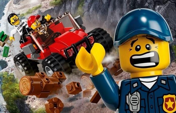 Можно создать свой собственный комплект Lego.
