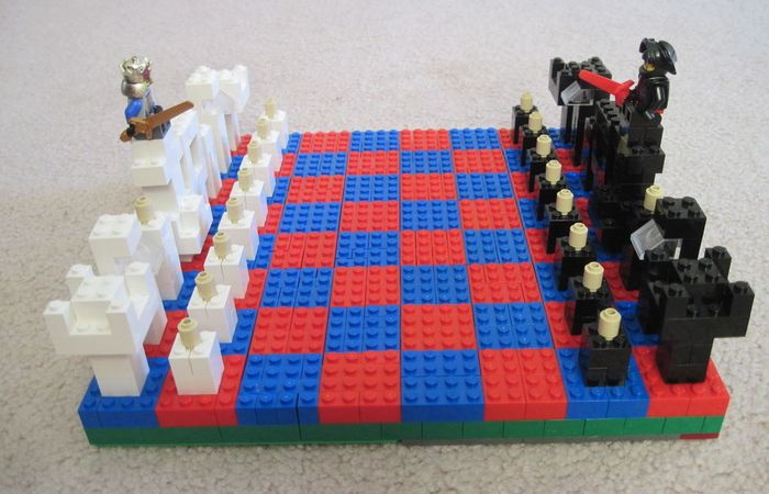 Lego-партейку?