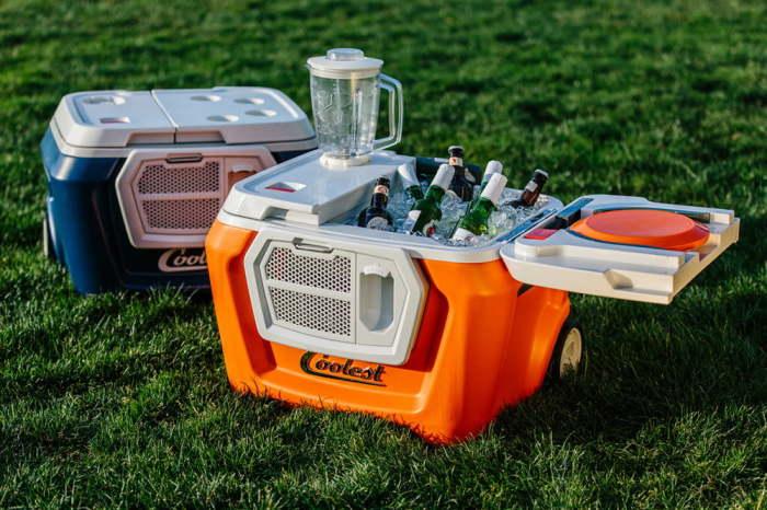 Coolest Cooler - ваш идеальный выезд на природу.