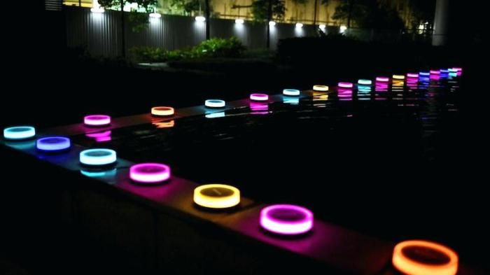 Philips Hue Outdoor Lights - танцуют все!