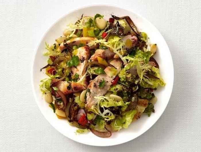 Салат из цыпленка и фасолевого масла