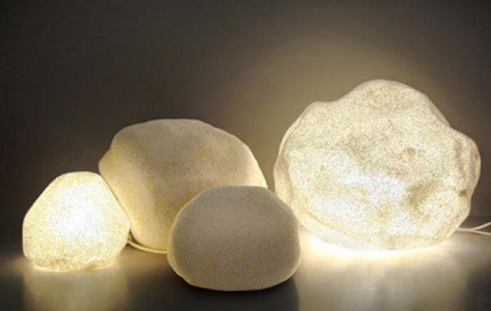 Лампы-камни.