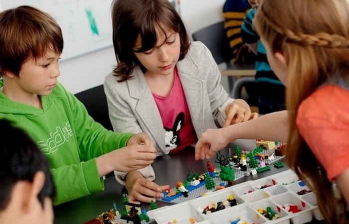 У Lego  множество поклонников.