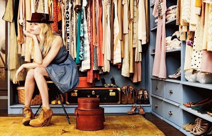Сократить количество одежды.