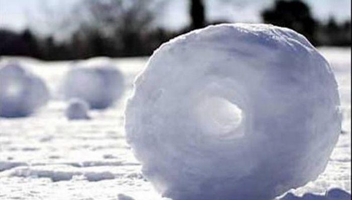 Невероятные снежные ролики.