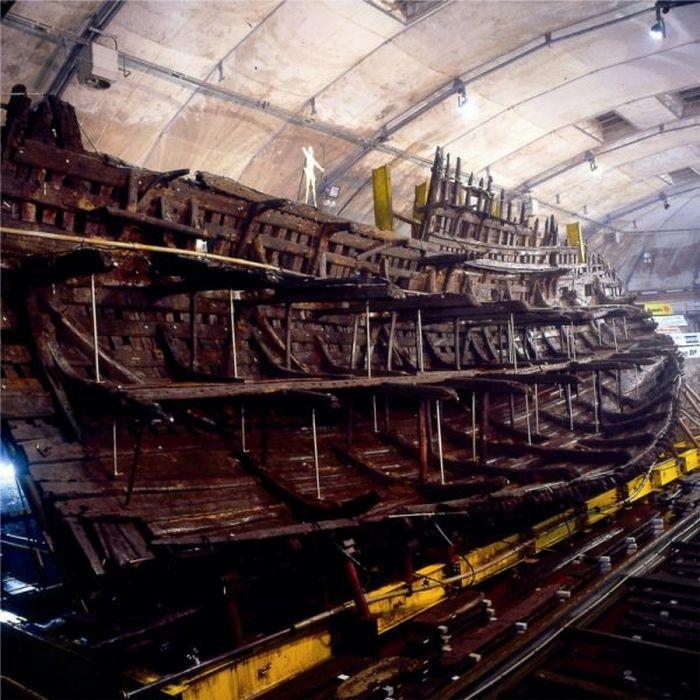 Затонувшее судно - одно из многих сотен.