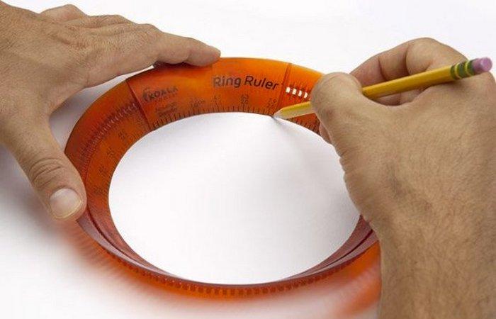 Офисный гаджет: спирограф «Ring Ruler».