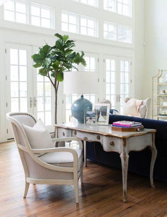 Винтажная мебель для домашнего офиса.