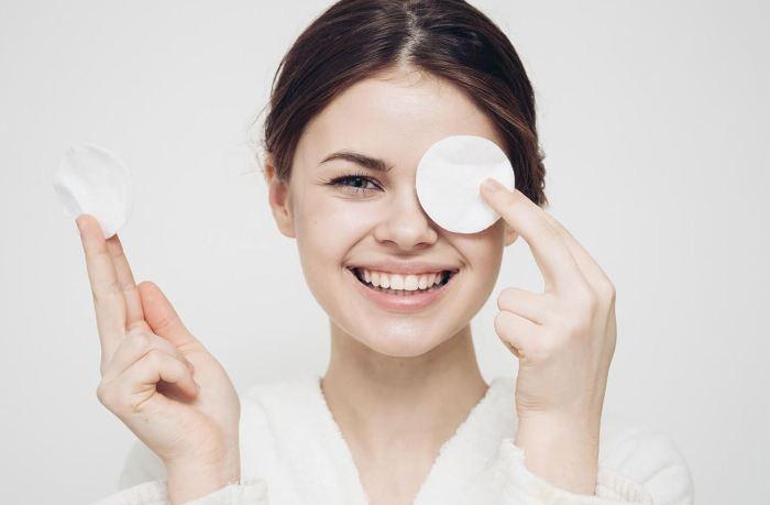 5 лайфхаков, которые подскажут, как сделать роскошный макияж, используя то, что под рукой