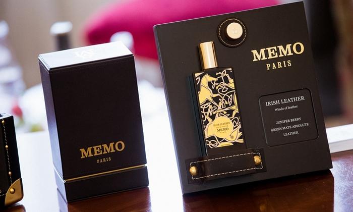 Irish Oud Parfum в золотом лакированном флаконе в кожаном футляре.