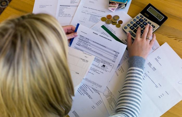 Сэкономить деньги поможет планирование и контроль личного бюджета.