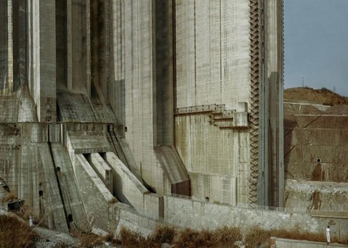 Пугающее сооружение: плотина «Три ущелья».