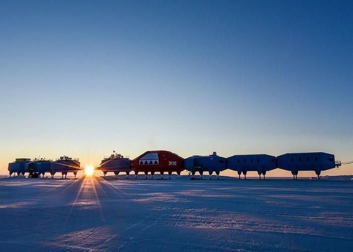 Пугающая станция Антарктического управления Великобритании «Халли».