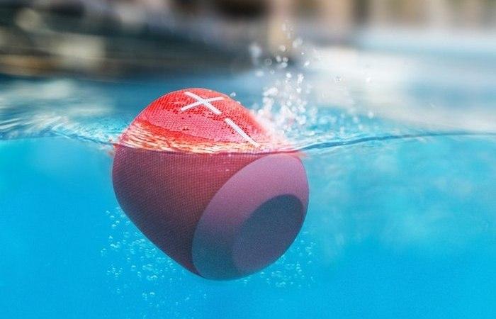 UE WONDERBOOM - суперпортативный водонепроницаемый Bluetooth-динамик.