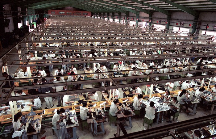 Apple: рабские условия труда.