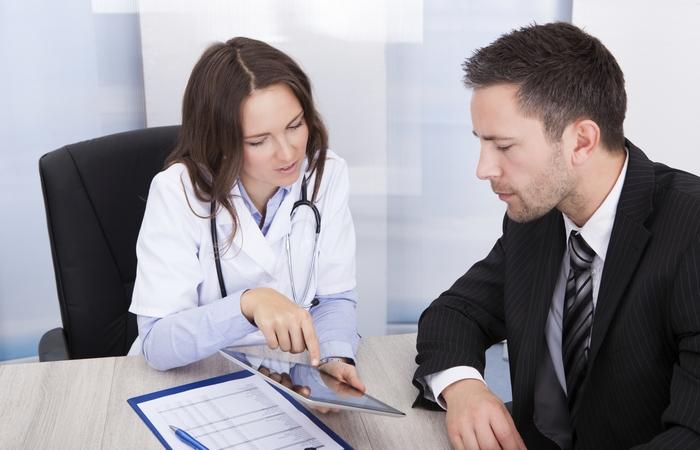 Необходимо регулярно посещать врача.