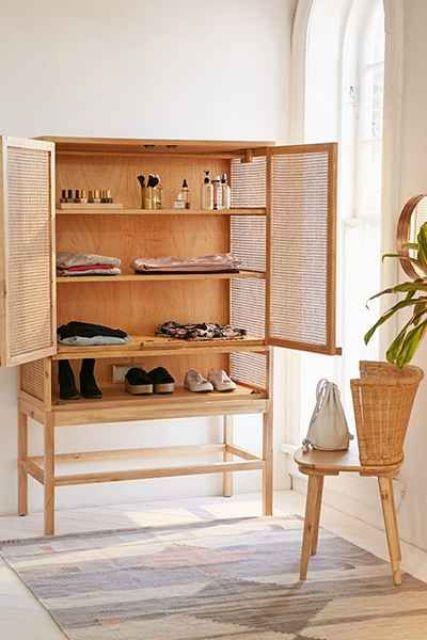 Стильный шкаф в интерьере.