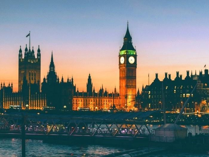 В Лондон на чашку чая.