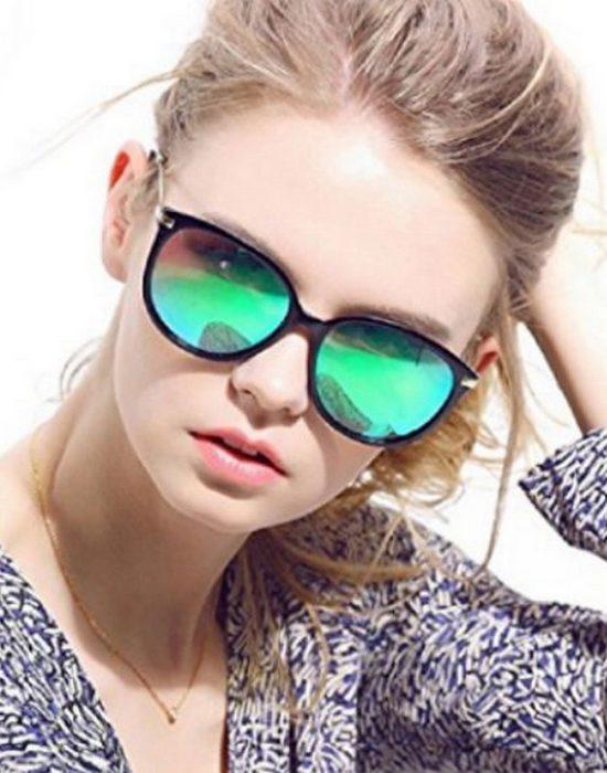Нелепая мода из прошлого возвращается: зеркальные солнцезащитные очки.