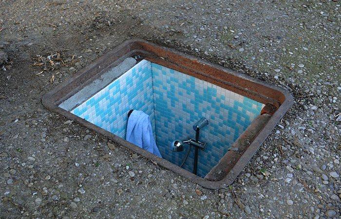 Инсталляция Borderlife. Ванная комната.