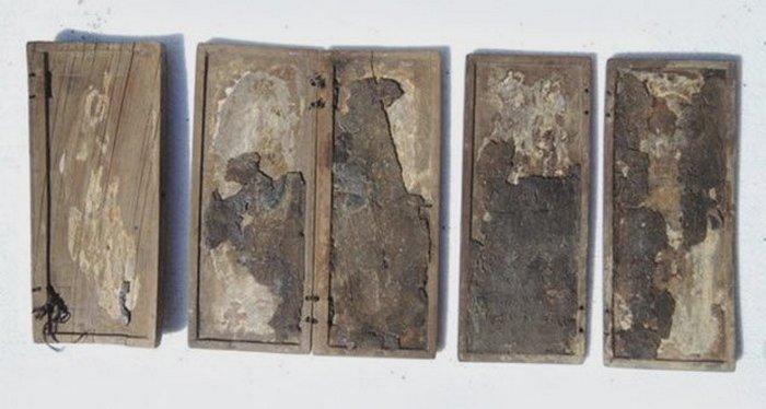 Иллирийские таблички из слоновой кости.