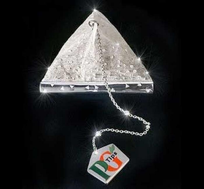 Чайный пакетик PG Tips с алмазами.