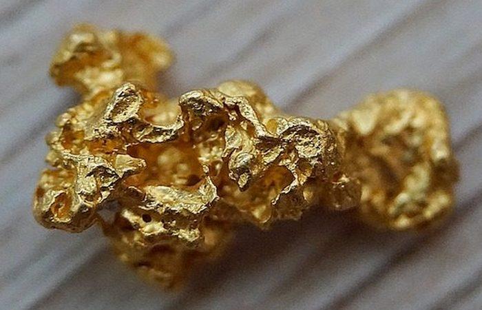 Обнаружен в сейфе: золотой самородок.
