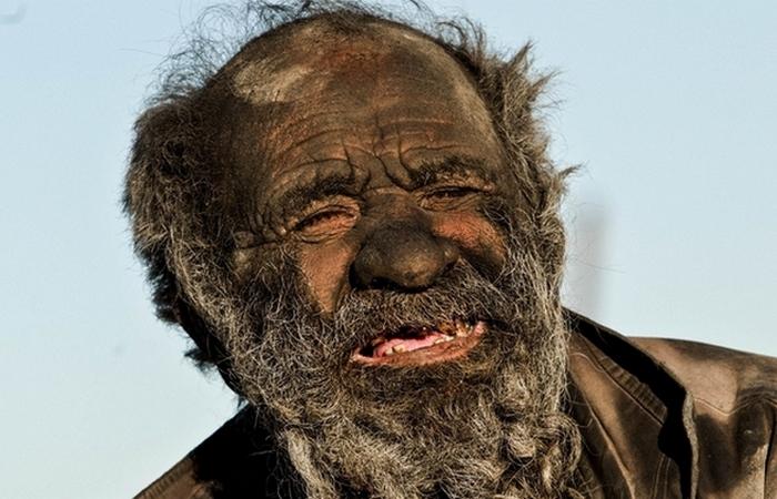 Так выглядит человек, который не мылся 60 лет.