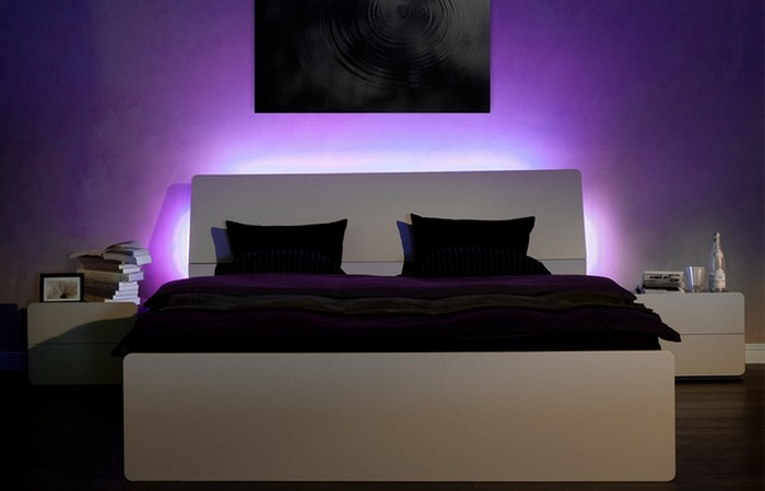 Чтобы выспаться необходимо приглушить свет перед сном.