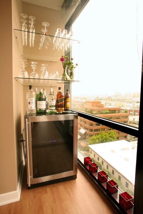 Домашний бар на балконе.