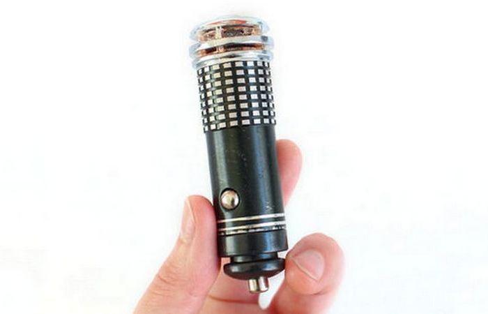Воздушный ионизатор и очиститель воздуха.