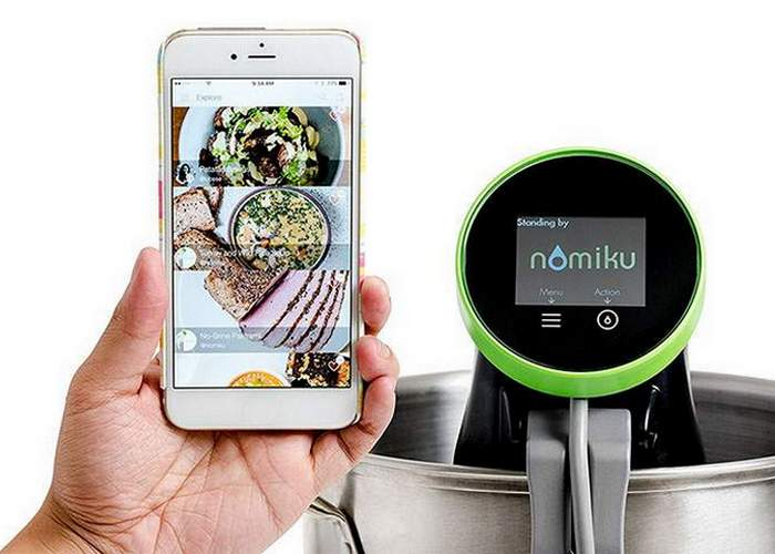 Умный кухонный девайс: «Nomiku WiFi Sous Vide Immersion Circulator».