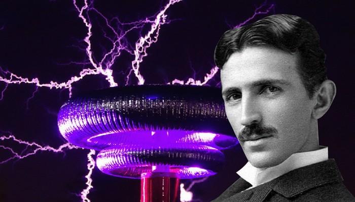 Интересный факт: Тесла предсказал появление смартфона в 1926 году.
