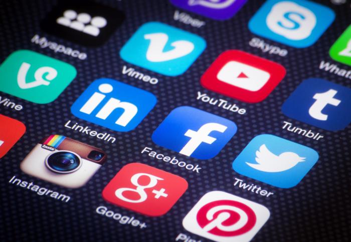 Социальные сети - добро или зло?