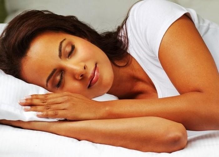 Во время сна кожа восстанавливается.