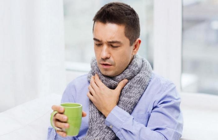 Не терпите боль в горле.