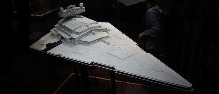 Космический корабль «Imperial Star Destroyer».