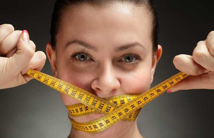 Голодание помогает сбросить вес.