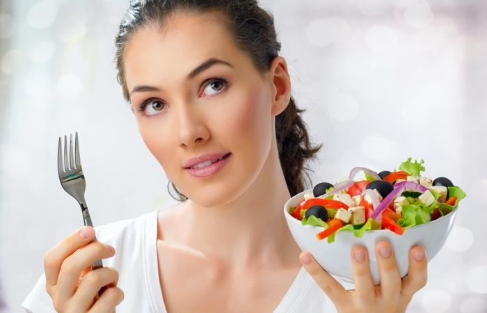 Голодание помогает очистить кожу.