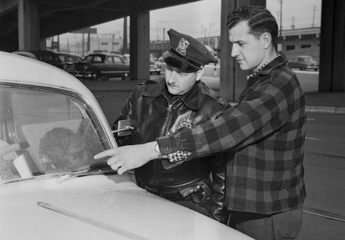 Эпидемия лобовых стекол 1954 года