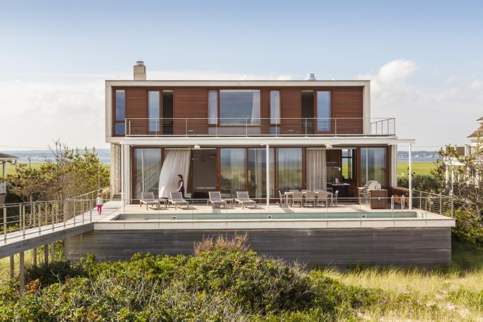Неразрушаемый бетонный пляжный дом архитектурного бюро Aamodt/Plumb Architects