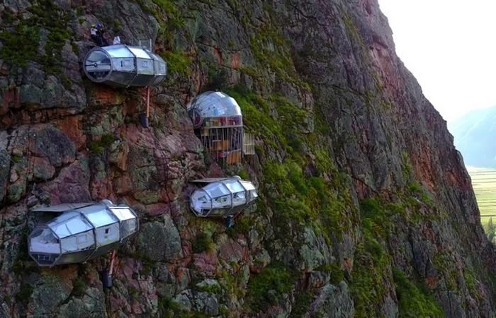 Необычный отель в Перу «Skylodge Adventure Suites».