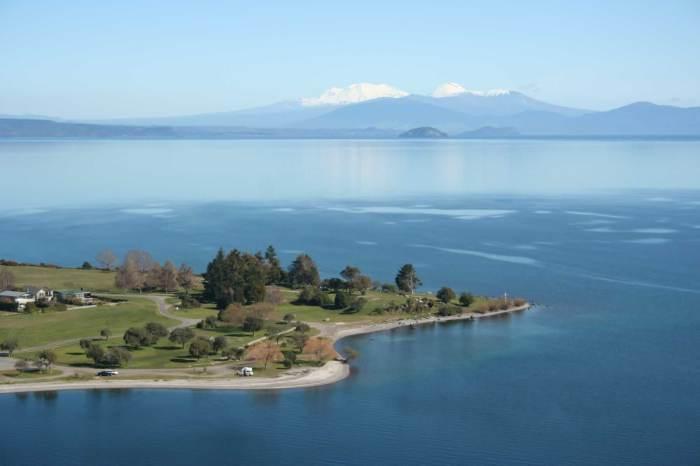 Озеро Таупо.