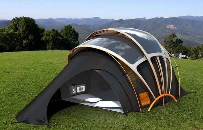 «Домик», который всегда со мной: оранжевая солнечная палатка.