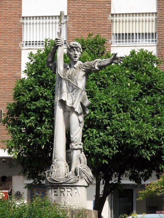 Памятник Родриго де Триана.