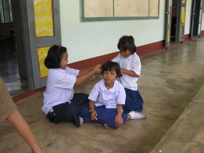 Ученики начальной школы в Тайланде.