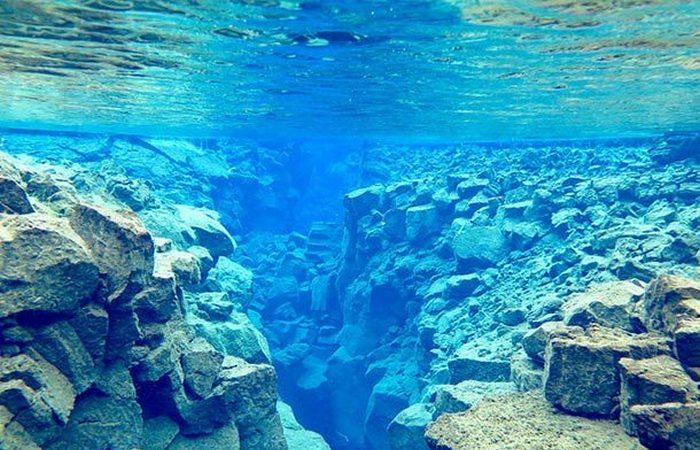 Скрыт под водой «Разлом Сильфра».