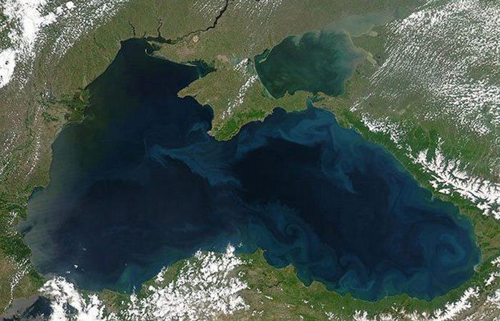 Скрыта под водой река в Черном море.