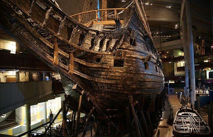 Был скрыт под водой корабль «Ваза».