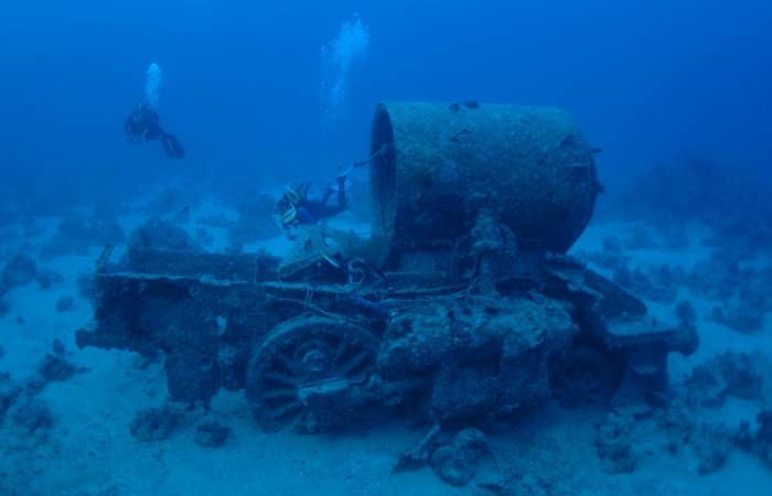 Были скрыты под водой потерянные локомотивы.